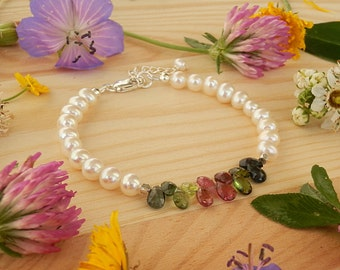 Elegant Bracelet with Natural White Pearls of Excellent Quality and Natural Tourmaline, Pearl Bracelet, White Bracelet, Tourmaline Bracelet