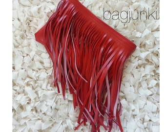 Pepper Verge Fringe Clutch