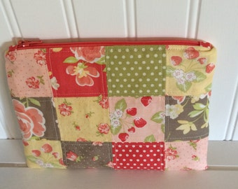Patchwork zippered envelope pouch