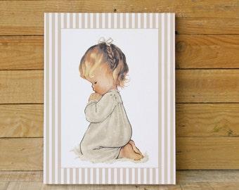 Table child girl praying