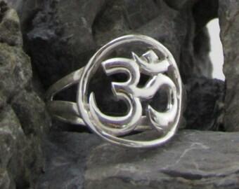 Mandala Aum (Om) Ring