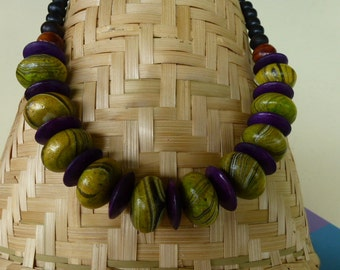 Wooden - green and purple beads necklace-