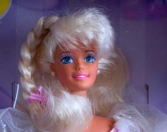 Birthday Barbie Doll // Vintage Barbie // 90s
