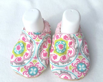 soft sole baby shoes, crib shoes,  baby slippers,  baby booties, pink baby booties, baby gift, soft sole shoes, girl shoes, baby moccasins