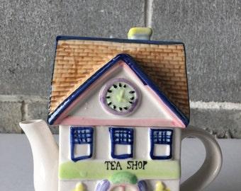 Teashop Ceramic decorative teapot