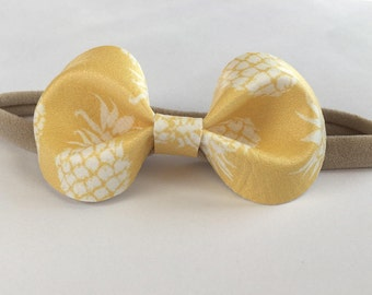 "Pineapple ""Xoh"" Bow"
