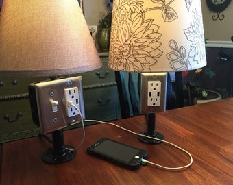 Industrial lamp with outlet + USB