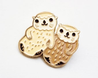 Otters holding hands ENAMEL PIN Otter Pin cute otter lapel pin otter enamel pin sea otter jewelry cute pins best friend gift long distance