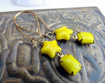 Dandelion Star Vintage Glass Drop Earrings by Skippingstones-FREE US SHIPPING!