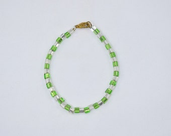 Dainty Green and Clear Glass Bead Bracelet 7.75 inches long with lobster claw clasp