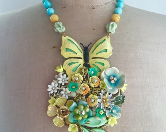 SALE Vintage Flower Statement Necklace- Buttetfly Kisses
