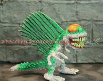 Cave Shark Pipe Cleaner Miniature
