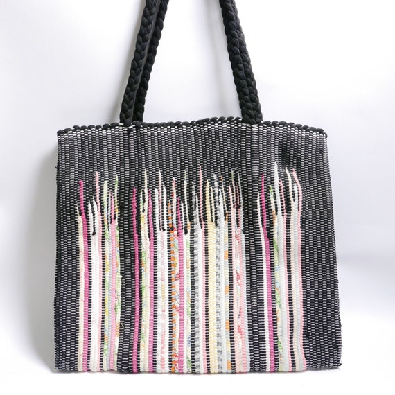 Vintage 70s Woven Tote Bag // Multicolored Tote Bag// Rag Rug