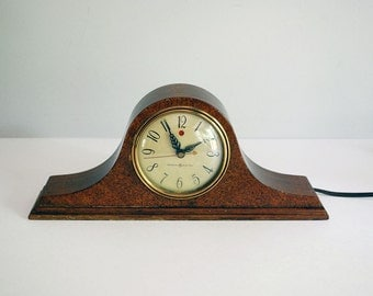 1940s General Electric Mantle Clock Solid Mahogany Telechron Model 3H06 Pristine Vintage Electronics Red Dot Tambour Wood Shelf Clock