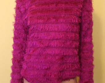 90s Fuzzy MAGENTA Sweater Medium Club Kid medium Grunge RAVE Vintage Shag Shaggy Pink Goth Top Textured Party Monster Oversized Pullover