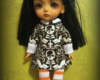 Blythe Middie Wednesday Addams Skully Dress with socks, Lati, Pukifee