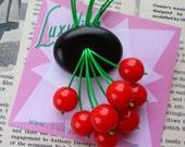 Classic Luxulite Cherry brooch! Handmade 40s style black bakelite fakelite style novelty red cherry brooch