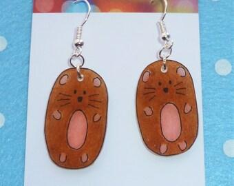 Adorable Little Hamster Earring - Dark Brown