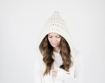 Chunky Hooded Winter Pixie Hat With Ties / THE MATANUSKA / Fisherman