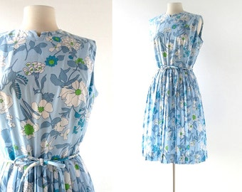 Vintage 60s Dress / Think Young / Blue Floral Dress / 1960s Dress / M L