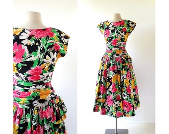 Floral Cotton Dress / 80s Does 50s Dress / 80s Floral Dress / XS