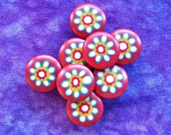 Shank Buttons with Daisies, 14mm 1/2 inch - Millefiori Daisy Flower Plastic Buttons on Red - 8 VTG NOS Bursting Vintage Floral Buttons PL192