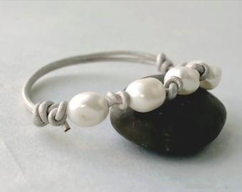Adjustable Silver Metallic Leather Bracelet - White Pearl Bracelet - Baroque Pearl Bracelet - Girlfriend Gift Idea - winter white bracelet