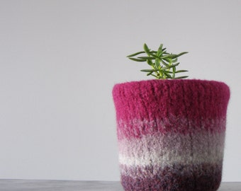 felted planter - plant pot with waterproof lining - textural planter - fuchsia and shades of purple - windowsill gardening -desk planter pot