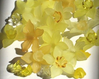 12 Acrylic Flower Beads Frosted Lucite Flower Beads Yellow Mix and Match