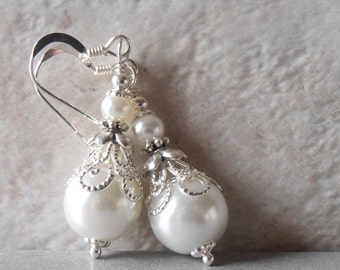 White Pearl Earrings Pearl Bridal Earrings Beaded Wedding Jewelry Dangle Earrings Brides Jewelry White Wedding Faux Pearl Jewelry Handmade