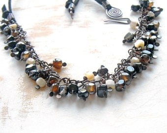 Black Statement Necklace, Hand Crafted Agate Necklace, Handmade Copper Jewellery, Wire Wrapped Necklace, Artisan Jewellery