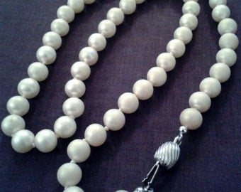 Necklace - Simulated Pearl Necklace