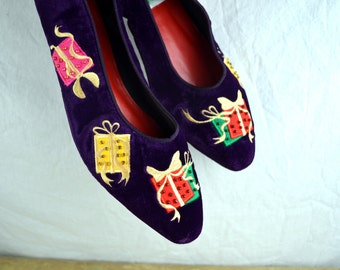 Vintage Holiday Christmas Flats Shoes