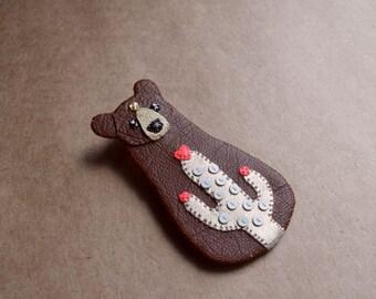 Cactus Bear brooch, bear brooch, bear jewelry, cactus jewelry - BROWN