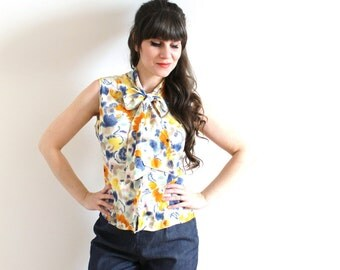 1960s Blouse / 60s Floral Kitten Bow Blouse