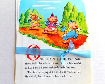 Vintage Children's Book Pages  / Three Little Pigs / Children's Book Pages