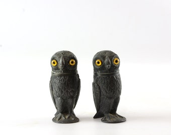 Antique Pewter Salt and Pepper Set, Pewter Owl, Salt Cellar, Pepper Pot, Owl with Glass Eyes