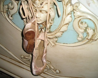 Vintage Original Used Ballerina Ballet Pointe Shoes Freed London England..Shabby Chic