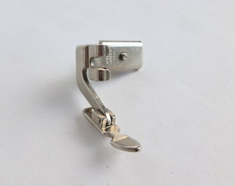 Singer Sewing Machine Narrow Zipper Presser Foot for Hinged Slant-Shank Models 161166