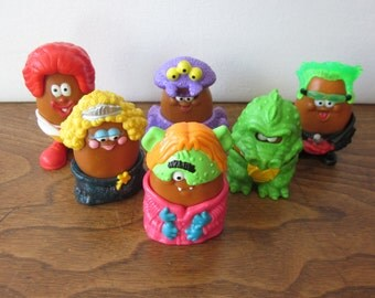 McDonald's Halloween Nugget Buddies 1996 - Complete Happy Meal Set