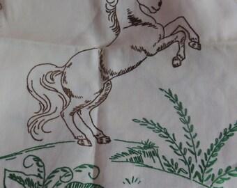 Vintage Embroidered-HORSE--Runner-Dresser-Vanity-MINT