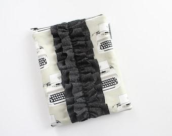 iPad sleeve / iPad case [choose your size] -- black & white typewriter love