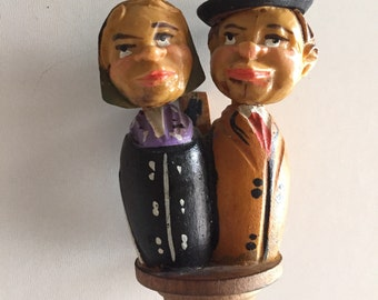 ANRI Vintage Hand Carved Wood  Italy KISSING COUPLE Mechanical By Gatormom13