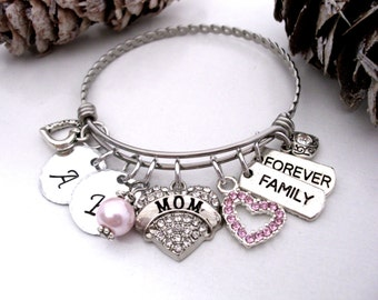 Super Sale Now Mom Bracelet, Mom Jewelry, Personalized Mom Jewelry, Gift for Mom, Mom Present, Family Forever