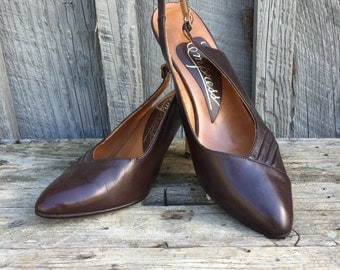 1940s Leather Slingback Pumps