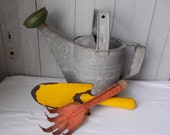 Primitive Garden Tools Hand Trowel and Hand Claw Cultivator
