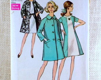 Simplicity 8591 bust 34 Mad Men Color block A-line dress and coat 1960s 1969 Vintage sewing pattern