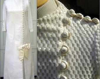 "Long White Honeycomb Dress Vintage 70s -Star Trek Bride Trekkie Bridal Costume Bust 39"" CLEARANCE"