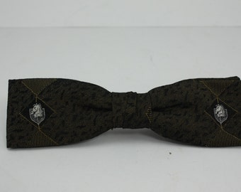 Vintage Clip On Bow Tie Green Gold Black Horse Head Shield Traditional Style Wedding Accessory Rockabilly In Original Box