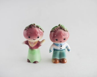 Vintage Vegetable Salt and Pepper Shakers Beet Turnip 1960s Kitsch Japan Mid Century Collectible